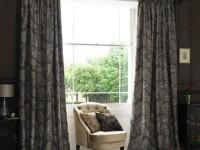 Римские шторы в гостиную — плюсы и минусы такого решения в современном дизайне (64 фото + видео)