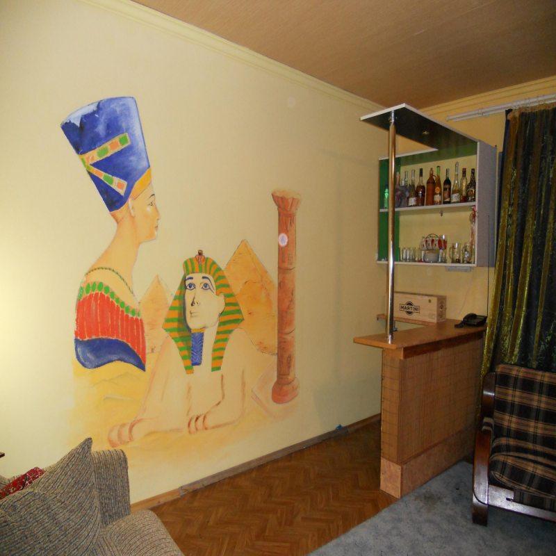 Risunki na stenah v gostinoy 49